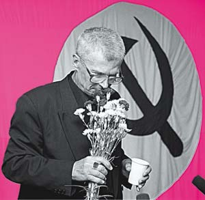 Hammer, Sickle and bouquet: the sweet smell of victory.